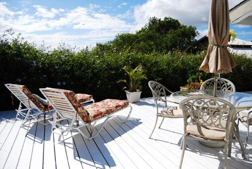 Lanai mit Sitzgarnitur, Lounge chair& Grill